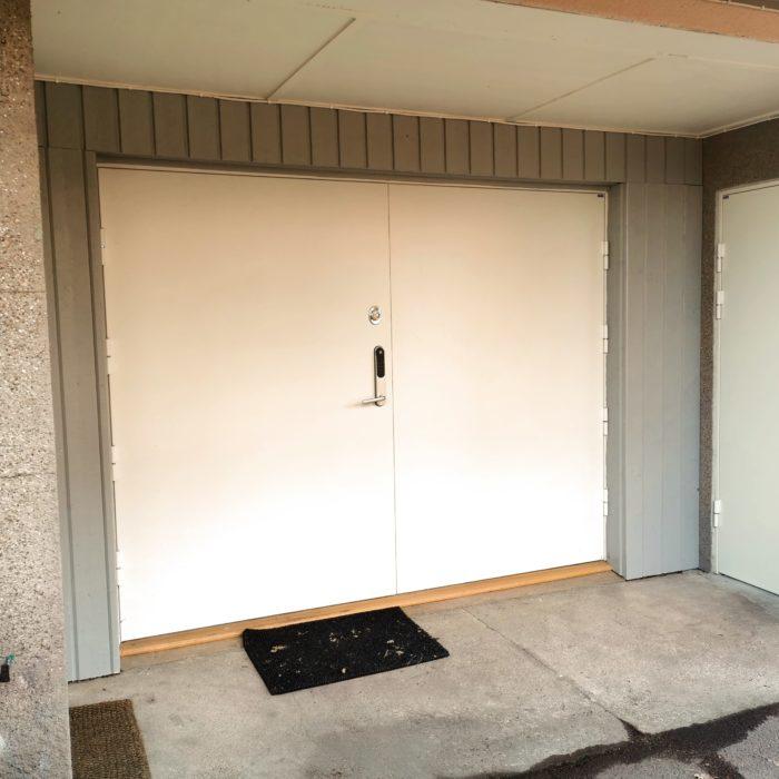 Säkerhetsdörr garage klass 3